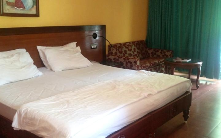 Room_prakruti_resort.jpg